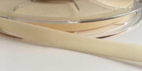 9mm Velvet Ribbon - Ivory