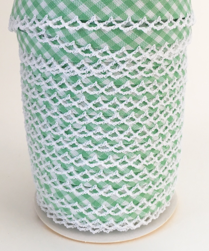 Spring Green Pre-Folded Gingham Bias Binding with Lace Edge
