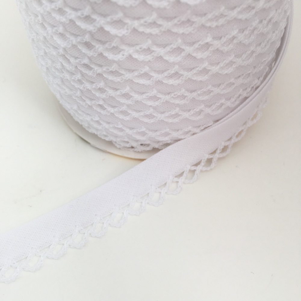 White 12mm Pre-Folded Plain Bias Binding with Lace Edge
