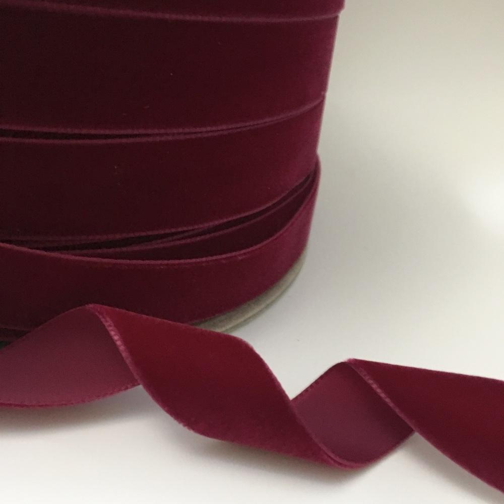 22mm Velvet Ribbon - Wine