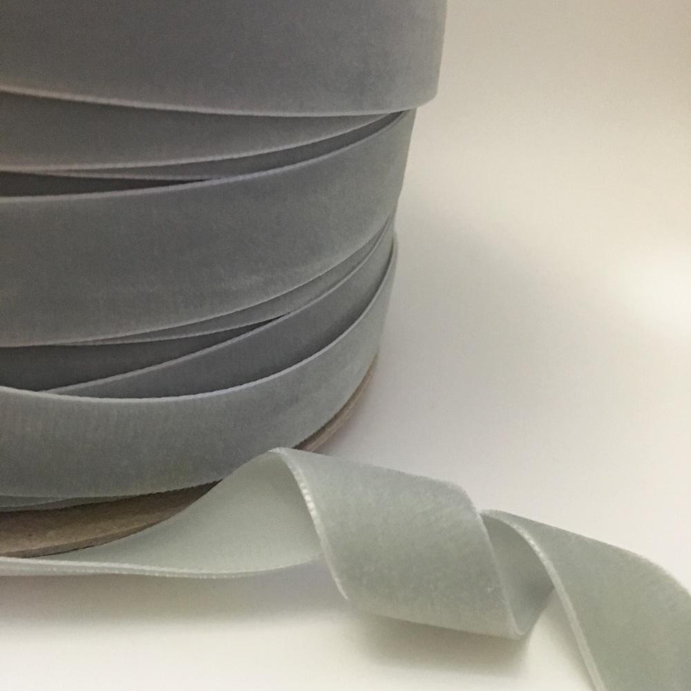22mm Velvet Ribbon - Silver