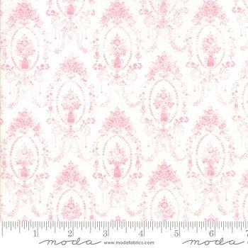 Moda Fabrics - Amberley - Peony Damask Topiaries