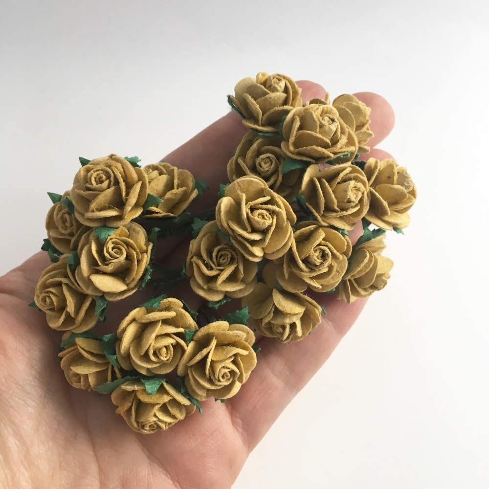 Mulberry Paper Open Roses - Old Gold 10mm 15mm 20mm
