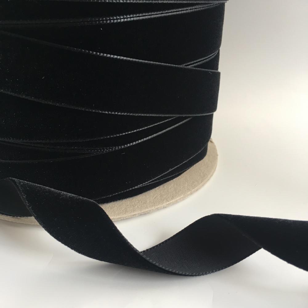 22mm Velvet Ribbon - Black