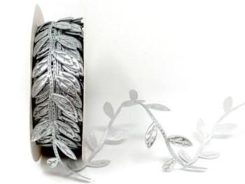 Silver Cut Leaf Trim