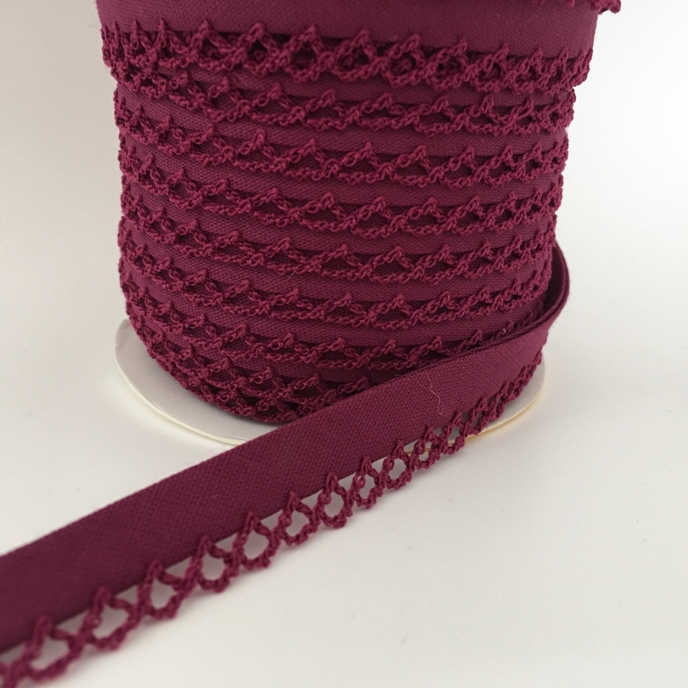 Plum 12mm Pre-Folded Plain Bias Binding with Lace Edge