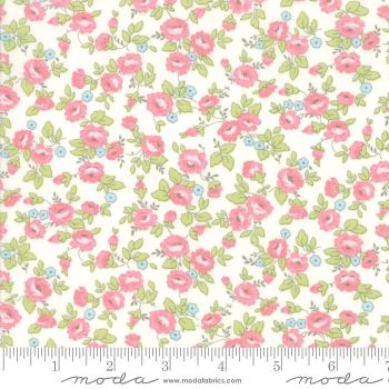 Finnegan by Moda Fabrics  - Linen Floral Fields - Felt Backed Fabric