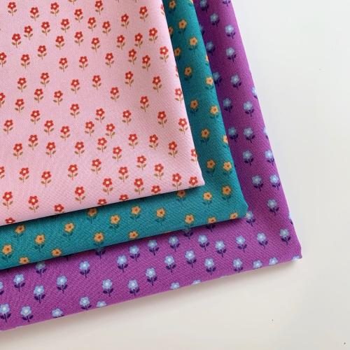Lewis and Irene - Flower Child -  Little Flowers - Felt Backed Fabric