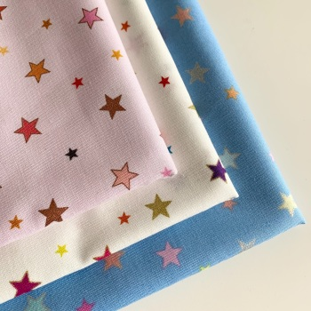 Lewis and Irene - Rainbows - Rainbow Stars with metallic - Felt Backed Fabric