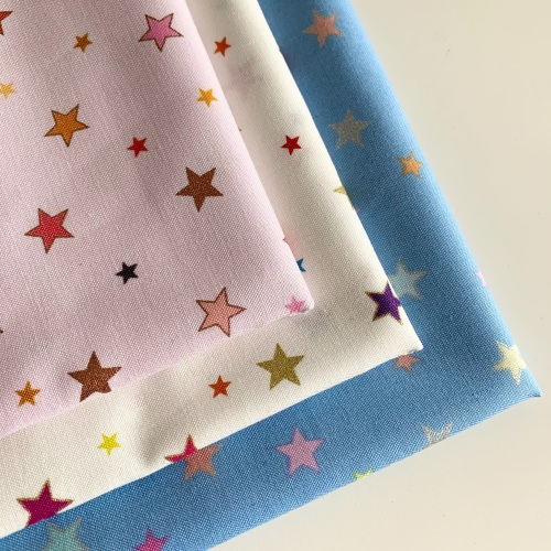 Lewis and Irene - Rainbows - Rainbow Stars with metallic - Felt Backed Fabr
