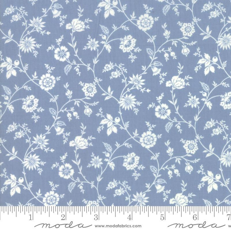 Moda Fabrics - Tres Jolie Lawn by French General - Blue and White