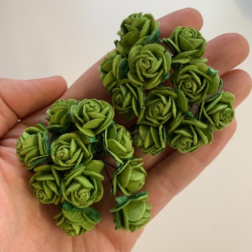 <!--037--> Mulberry Paper Open Roses - Sage 10mm 15mm 20mm