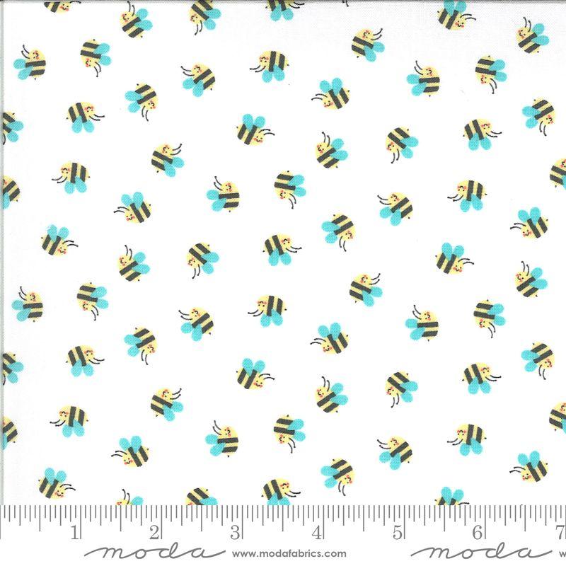 Moda Fabrics - Hello Sunshine - Bees White