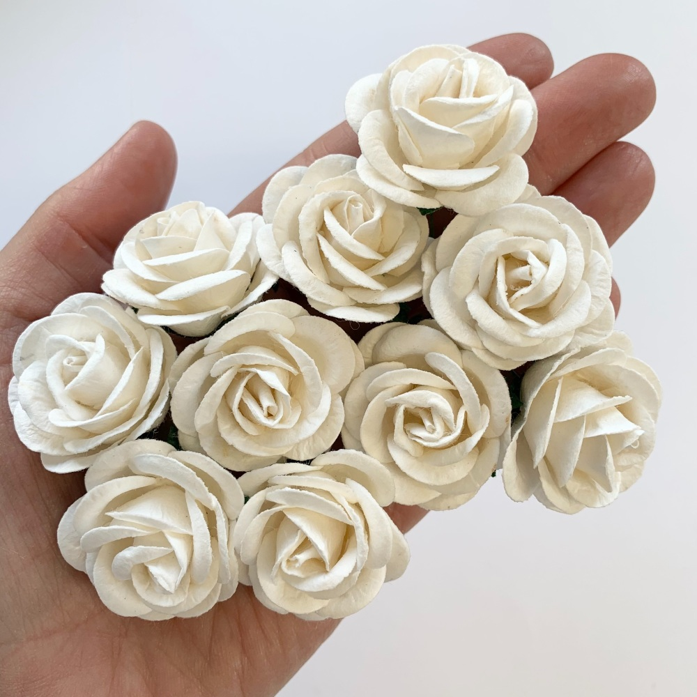 Mulberry Paper Flowers - Chelsea Roses 35mm  - White