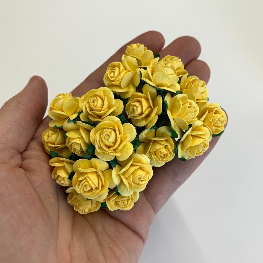<!--010--> Mulberry Paper Open Roses - Yellow 10mm 15mm 20mm