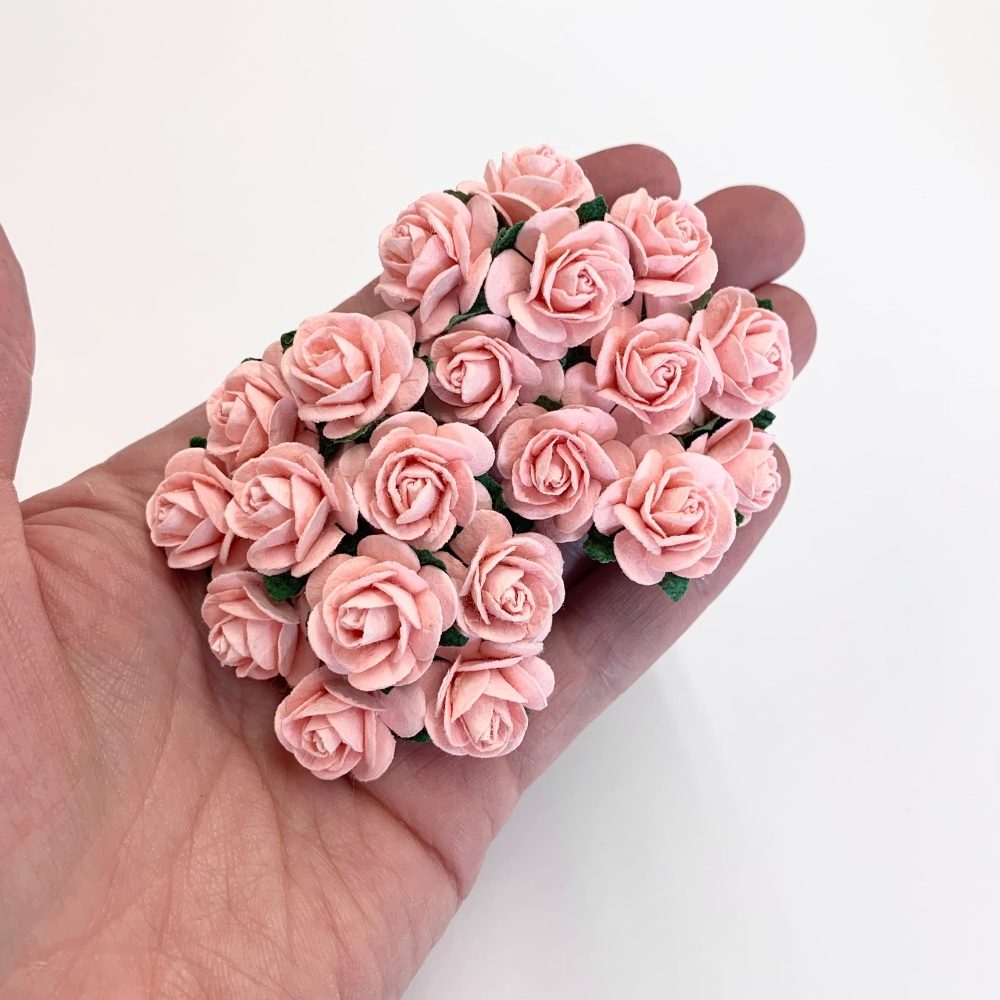 <!--022--> Mulberry Paper Open Roses - Pale Pink 10mm 15mm 20mm
