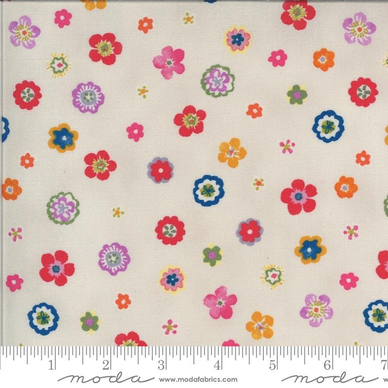 Moda Fabrics - Lulu by Chez Moi - Flowers