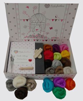 Boxed Needle Felting Kit with Merino & Undyed Natural Wool