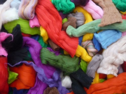 Wool off cuts, waste wool, wool scraps