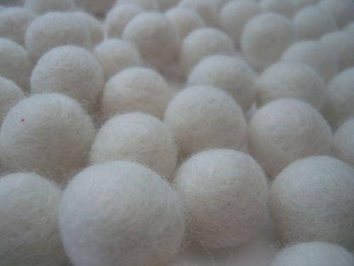 Handmade Felt Balls 2cm - Ivory