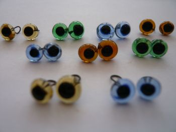 Glass Eyes 5mm (Looped back easy to sew)