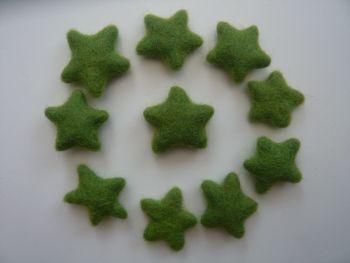 25 x Green Handmade Felt Stars