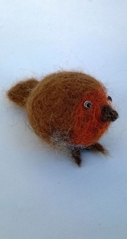 felted robin
