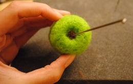 needle felted apple 10