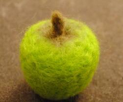 needle felted apple 12