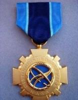 RARE US ASTRONAUT NASA SPACE DISTINGUISHED SERVICE 2nd HIGHEST GALLANTRY MEDAL ORDER
