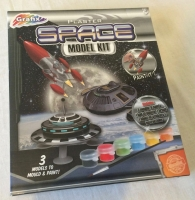 UFO Flying Saucer Plaster Of Paris Space Model Kit Set With Paints