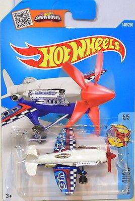 Hot Wheels Mad Propz Sky Show Aircraft Stunt Plane (White)