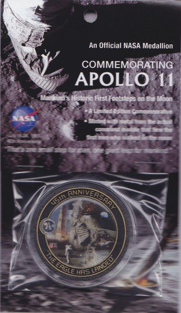 APOLLO 11 45th ANNIVERSARY NASA COIN / MEDALLION W/FLOWN COMMAND MODULE MET