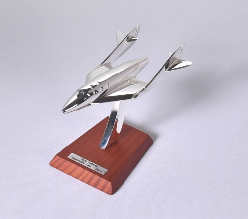 Virgin Galactic Spaceship Two Space Aircraft 2010 Solid Metal Chrome 1:200