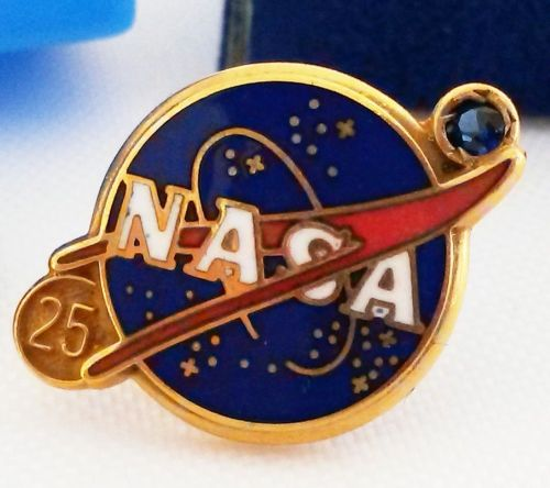 NASA Employee 25 Year Service Of Duty Pin Gold with Blue Gem Stone
