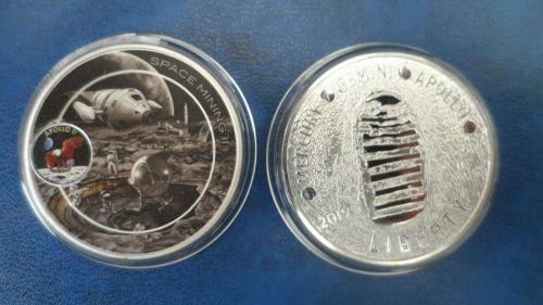 NASA - Apollo 11 moon landing silver plated Medallion Large Coin - Space Mi
