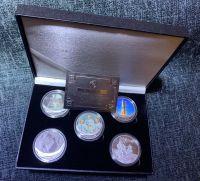 NASA Apollo 11 Moon Landing Medallion Large Coin Set Stunning In Deluxe Case