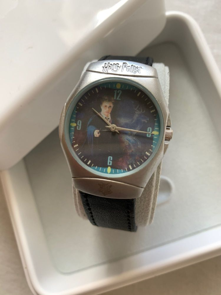 Rare Harry Potter Genuine Warner Movie Merchandise Quality Solid Made Watch