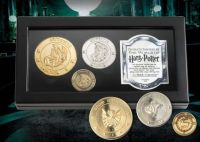 Harry Potter J.K Rowling Genuine Noble Collection Gringotts Coin Medallion Set In Glass Window Display Case