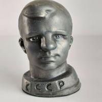 Metal YURI GAGARIN Bust Model First Ever Astronaut USSR in Space Rocket Vostok