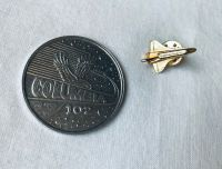 Large Medal Coin And Shuttle Pin Set
