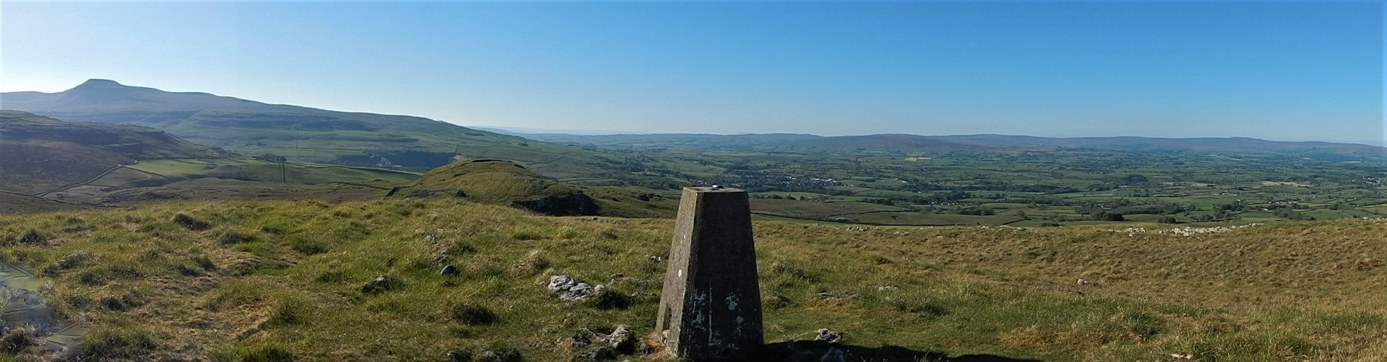 View from Tow Scar Trig Point just above the site