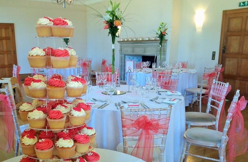 Cupcakes set up at Coombe Lodge