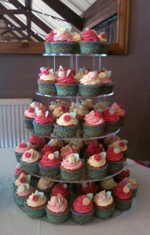 Gary & Elmaries cupcake tower