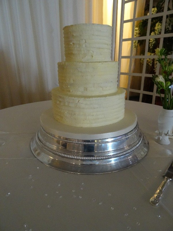 Rustic buttercream wedding cake