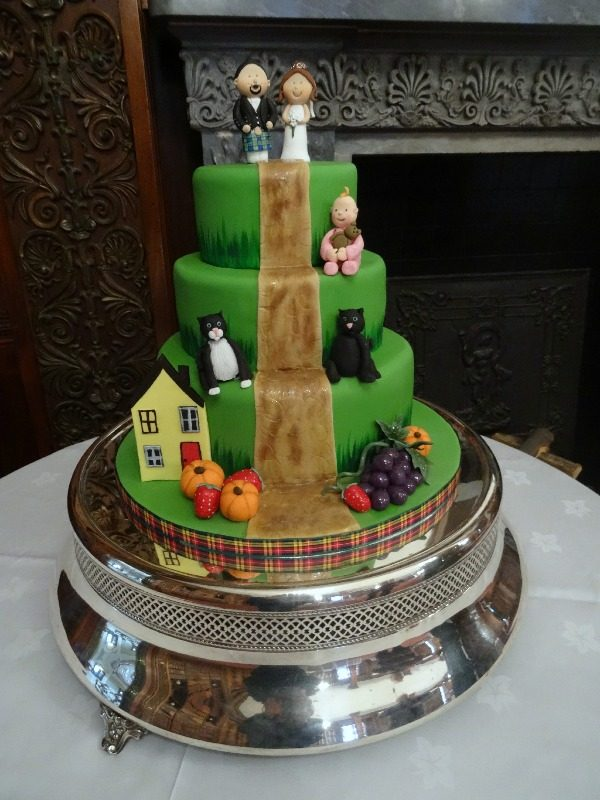 Novelty wedding cake