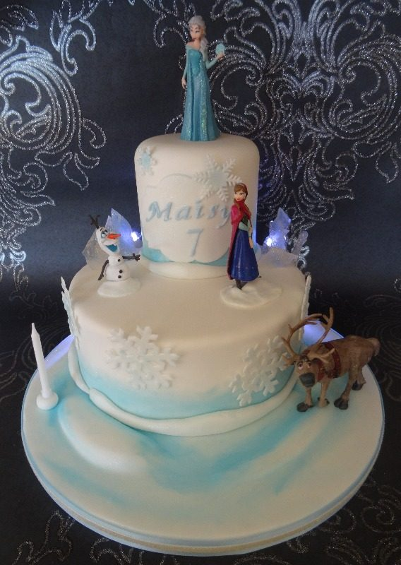 Frozen cake (with lights!)
