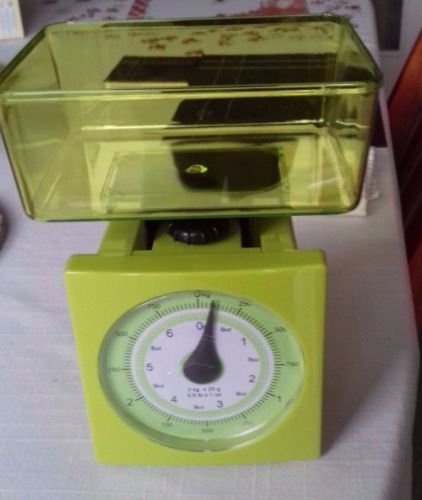 Lime Mechanical Kitchen Scales £7.99