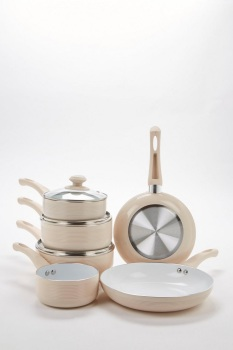 6-Piece Mocha Ribbed Ceramic Non-Stick Pan Set