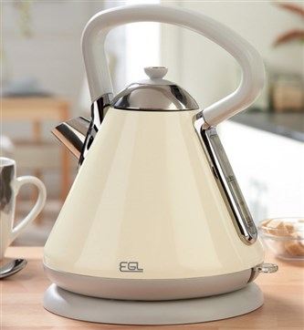 EGL Pyramid Kettle Cream £39.99